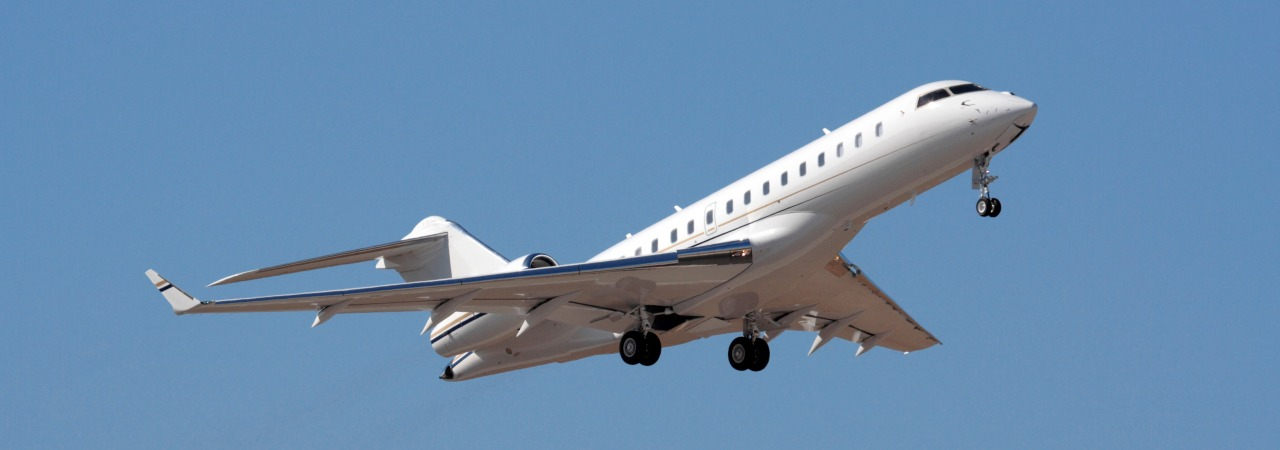 Bombardier Global Express XRS in flight